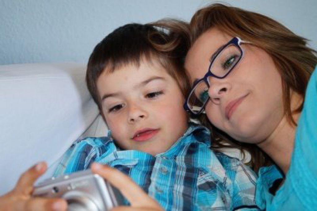 Потерявший семью вкемеровском пожаре Востриков призвал кбойкоту СМИ