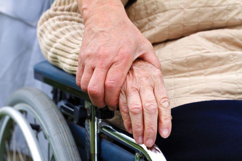 В Ямало-Ненецком автономном округе хотят втрое повысить пособие по уходу за совершеннолетними недееспособными инвалидами